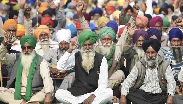 किसान आंदोलन: गाजीपुर और सिंघु बॉर्डर पर रोकी गईं इंटरनेट सेवाएं