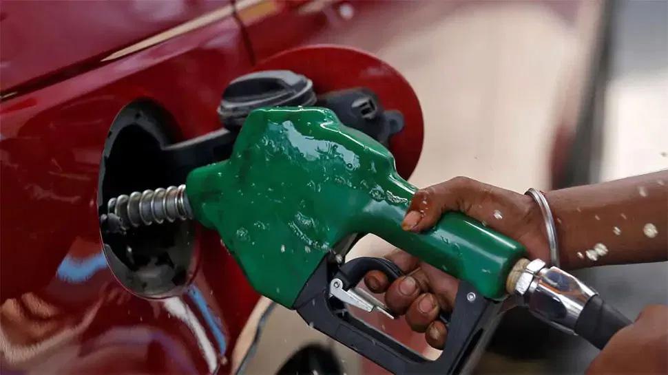 पेट्रोल-डीजल की कीमतों में 12वें दिन बड़ी वृद्धि, जानिए आपके शहर में दाम