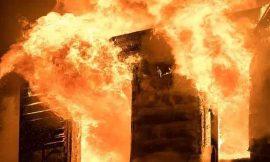 जालंधर में सुची पिंड में बस बाडी बिल्डर की बंद फैक्टरी में लगी आग