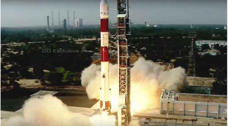 अब अंतरिक्ष में गूंजेगा गीता का संदेश, ईसरो ने लांच किया पीएसएलवीसी-51
