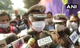 दिल्ली पुलिस कमिश्नर ने कहा-26 जनवरी को हिंसा फैलाने की बड़ी साजिश थी, गिरफ्तारी कानून के मुताबिक हुई