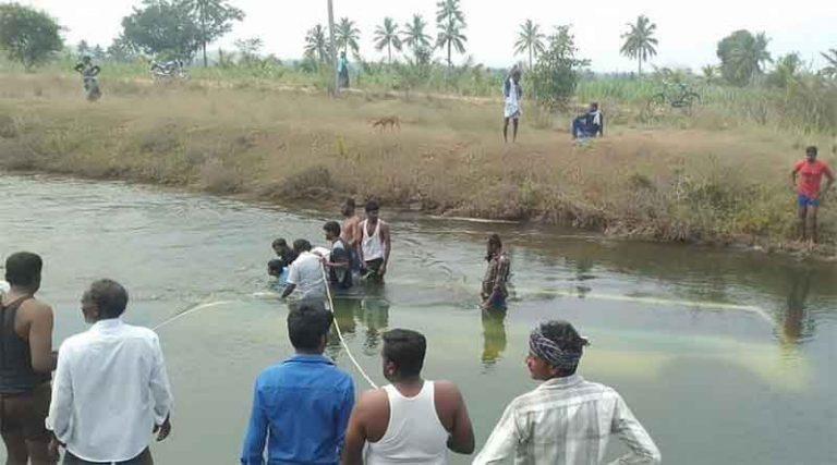 मध्य प्रदेश के सीधी में यात्रियों से भरी बस नहर में गिरी, 37 की मौत, 7 को बचाया गया
