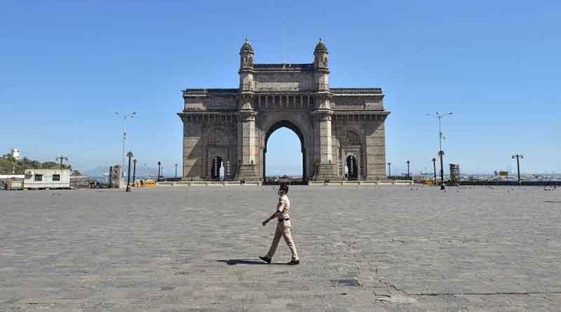 मुंबई में कोरोना वायरस के 15,817 नए मामले आए, 56 मौतें हुईं, कई इलाकों में 31 मार्च तक लॉकडाऊन