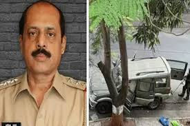 सचिन वाजे की गिरफ्तारी के बाद महाराष्ट्र में सियासी हलचल तेज, राउत ने बताया ईमानदार और सक्षम अधिकारी