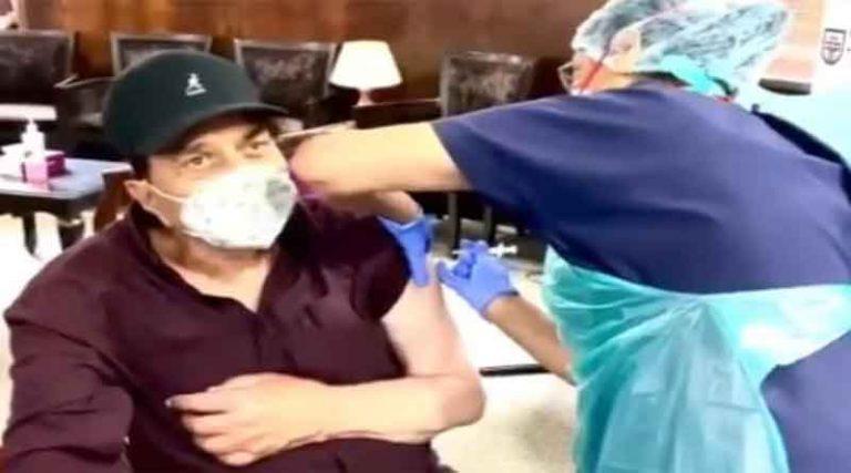 बॉलीवुड अभिनेता धर्मेंद्र ने लगवाई कोविड वैक्सीन, वीडियो शेयर कर की लोगों से यह अपील