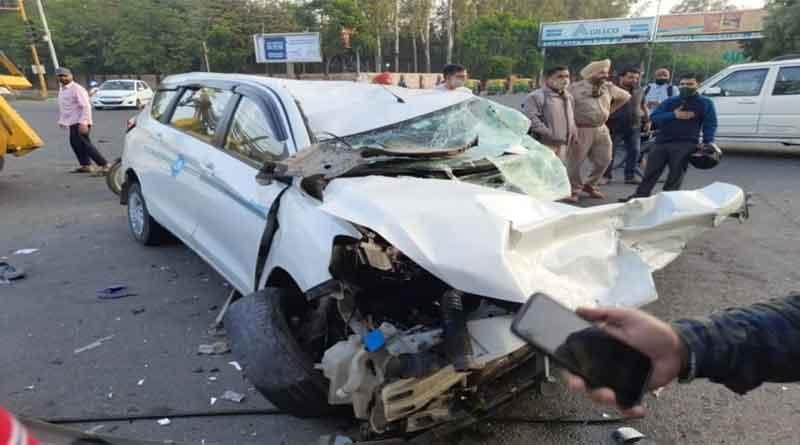 मोहाली में हुआ भयानक सड़क हादसा, मर्सडिज व आर्टिगा कार में टक्कर, 3 लोगों की मौत