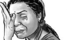बटाला में महिला ने लगाए एसएचओ पर गंभीर आरोप, बोली- अर्धनग्न हालत में बाथरूम से घसीट बाहर निकाला