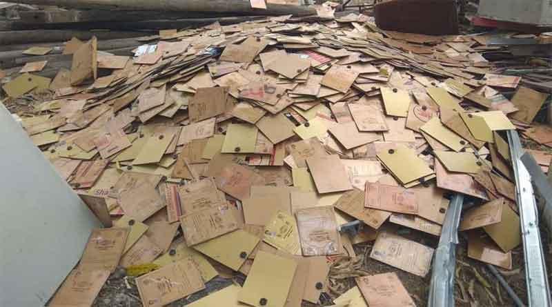मध्य प्रदेश में कबाड़ी की दुकान पर मिले किसान कर्ज माफी के हजारों प्रमाण पत्र, मचा हड़कंप
