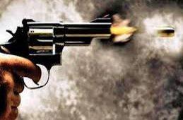 क्लास रूम में शोर मचा रहा था स्टूडेंट टीचर ने मना किया तो छात्र ने बीच सड़क पर मार दी गोली