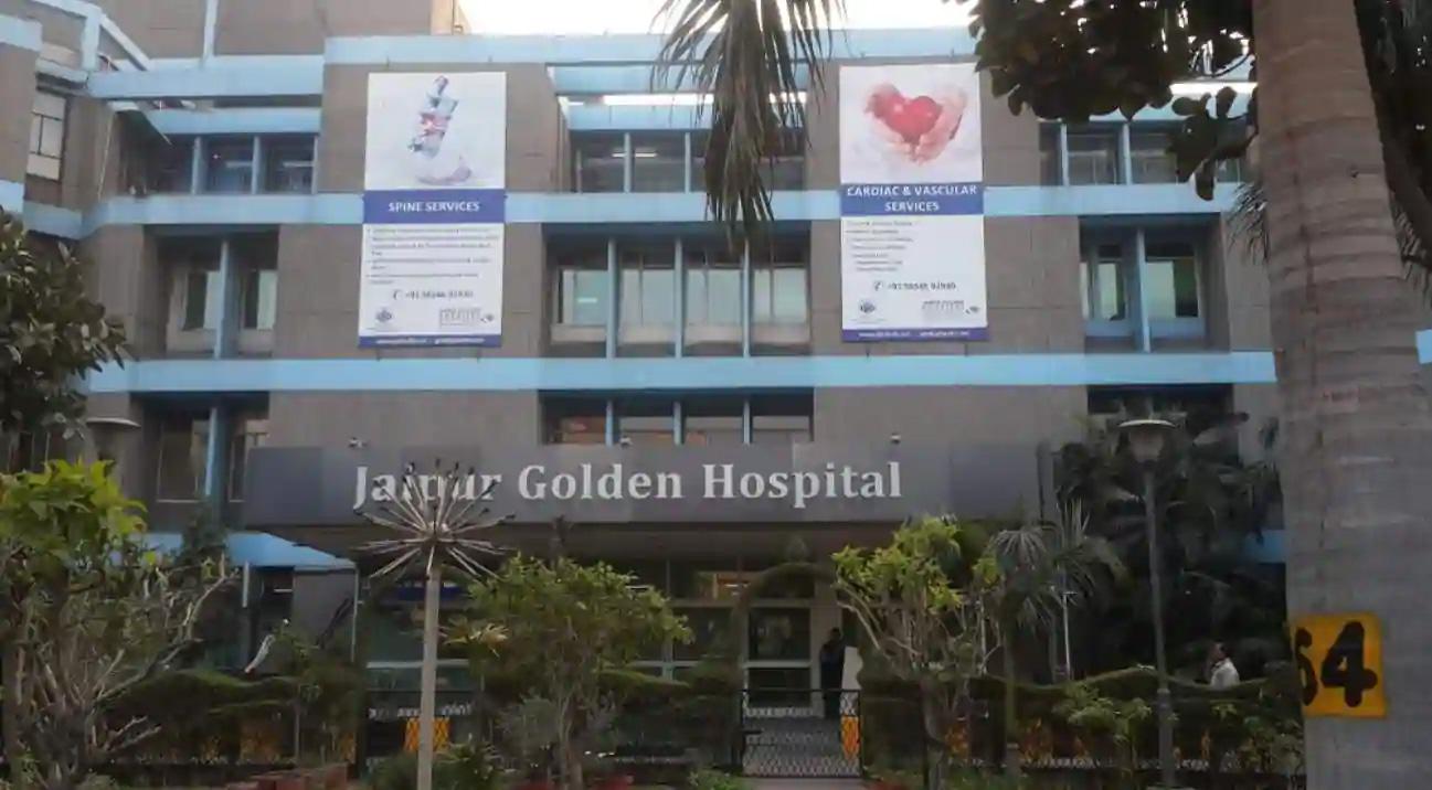 दिल्लीः जयपुर गोल्डन हॉस्पिटल में ऑक्सीजन की कमी के चलते कोरोना के 20 मरीजों की मौत
