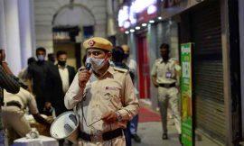 दिल्ली सरकार का बड़ा फैसला, लगाया वीकेंड कर्फ्यू, शॉपिंग मॉल और जिम होंगे बंद, सिनेमा हॉल पर भी लगाम