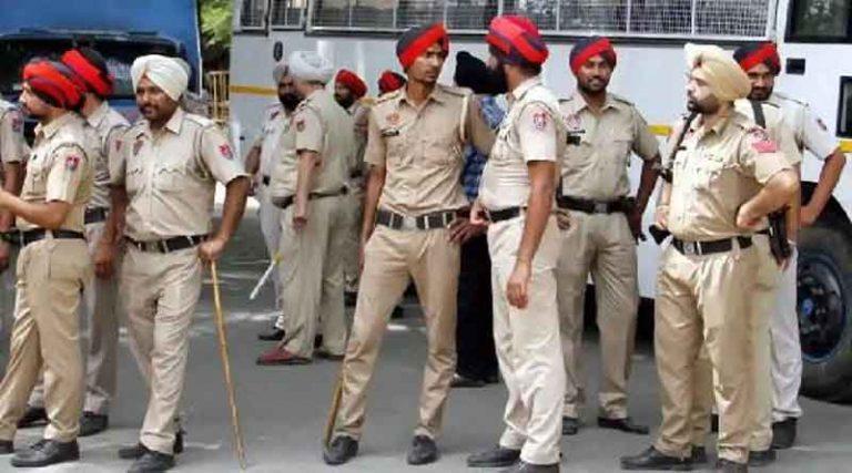 अबोहर में पुलिस टीम व डीएसपी की गाड़ी पर हमला, तस्करों को गिरफ्तार करने गई थी टीम