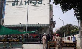 जालंधर के डी मार्ट में उड़ाई जा रही कोरोना नियमों की धज्जियां, पुलिस ने लिया कड़ा एक्शन