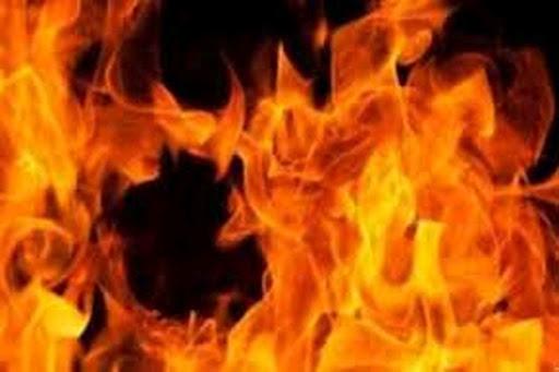 जालंधर के पासपोर्ट आफिस की तीसरी मंजिल में लगी भीषण आग, इलाके में मची अफरा-तफरी