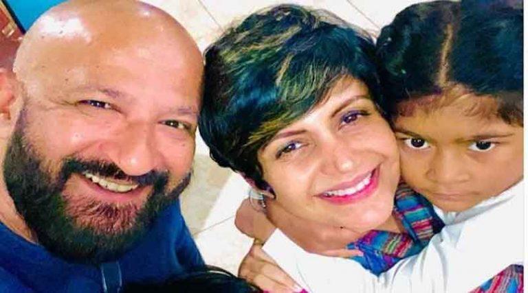 बॉलीवुड अभिनेत्री मंदिरा बेदी के पति फिल्म निर्माता राज कौशल का हार्ट अटैक से निधन, बॉलीवुड में शोक की लहर