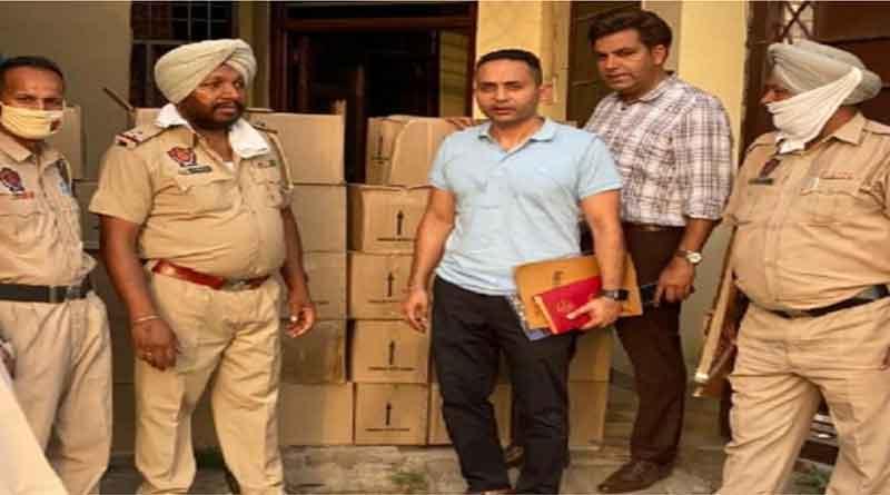 जालंधर पुलिस को मिली बड़ी कामयाबी, गांव धनोवाली में छापामारी कर 38 पेटी शराब बरामद, मामला दर्ज