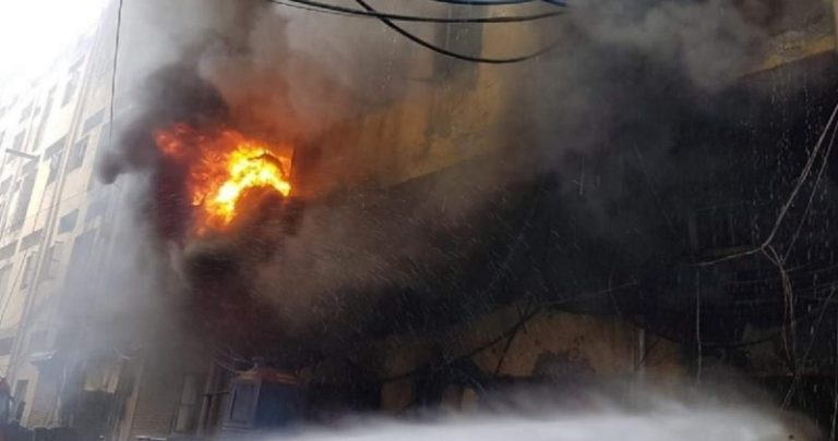दिल्ली के उद्योग नगर स्थित जूता फैक्ट्री में लगी भीषण आग, 6 मजदूर लापता
