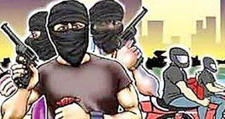 जालंधर में नकली पिस्तौल दिखा लूटपाट करने वाले दो गिरफ्तार, तीसरा साथी टींडा फरार