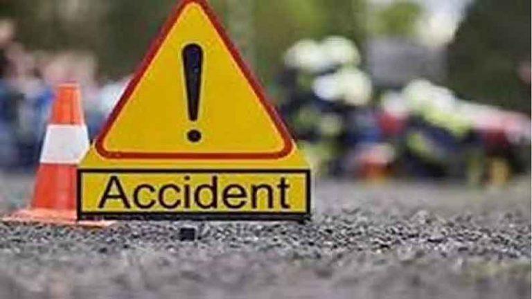 मोटरसाइकिल की टक्कर के दौरान दर्दनाक सड़क हादसा, 2 युवकों की मौत