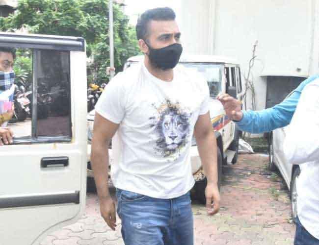 पॉर्नोग्राफी केस: शिल्पा शेट्टी के पति राज कुंद्रा 2 महीने बाद मुबंई कोर्ट से मिली जमानत