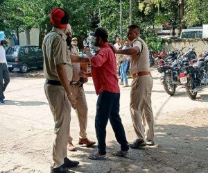 Suspected youth arrested from civil hospital in Jalandhar, youth manhandled police personnel