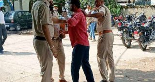 जालंधर में सिविल अस्पताल से संदिग्ध युवक गिरफ्तार, युवक ने पुलिस कर्मी से की धक्कामुक्की