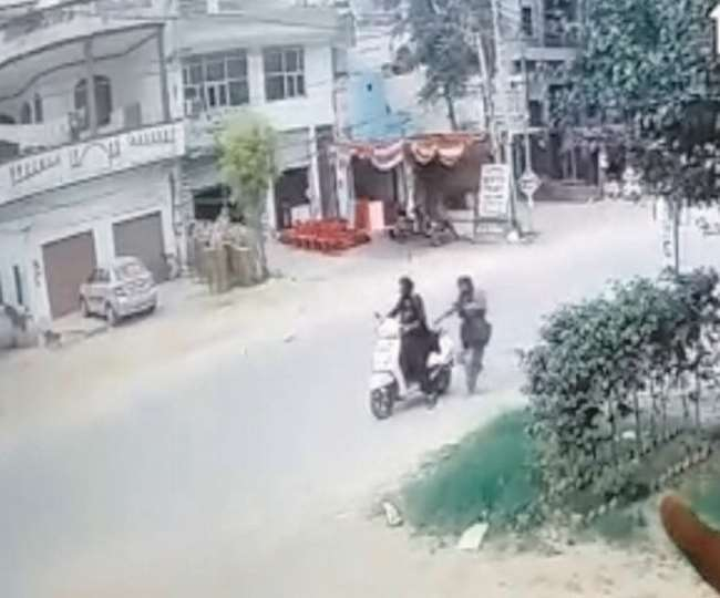 बटाला के अस्पताल में दिनदिहाड़े तीन दिन का बच्चा चुराकर फरार हुईं महिलाएं, सीसीटीवी कैमरे में कैद हुई वारदात